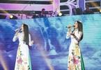 HLV Thần tượng Bolero 'đứng hình' trước cặp đôi cải lương hát 'Hàn Mặc Tử'