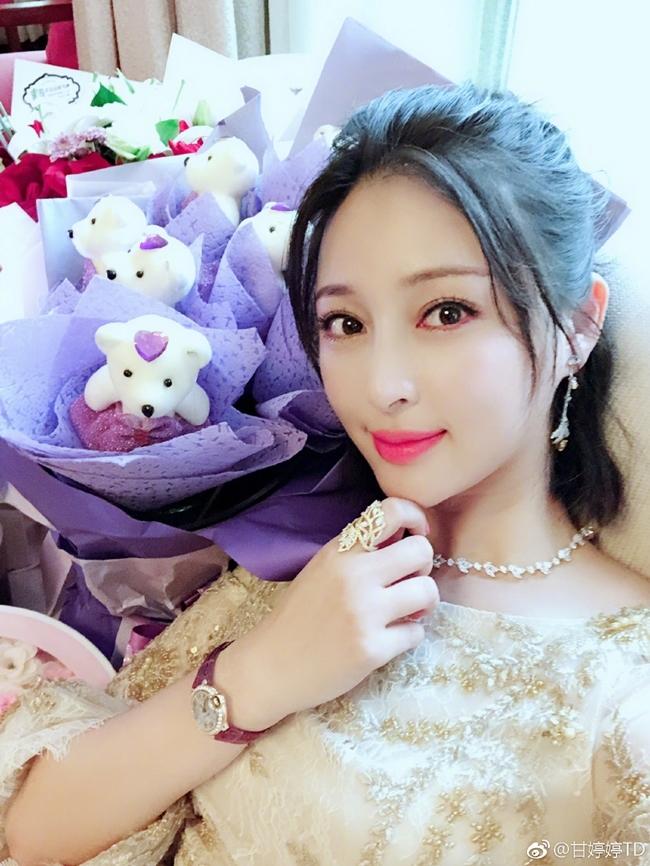 'Chị dâu Võ Tòng' từng yêu ông trùm phim 18+ Việt giờ ra sao?