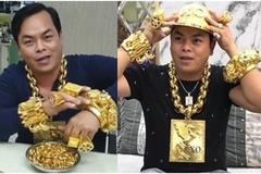 13kg vàng trên người Phúc XO là đồ giả, nợ tiền công làm đồ phong thủy cả năm không thèm trả?