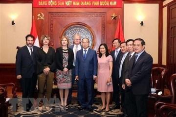 HCM City leader meets Dutch infrastructure minister