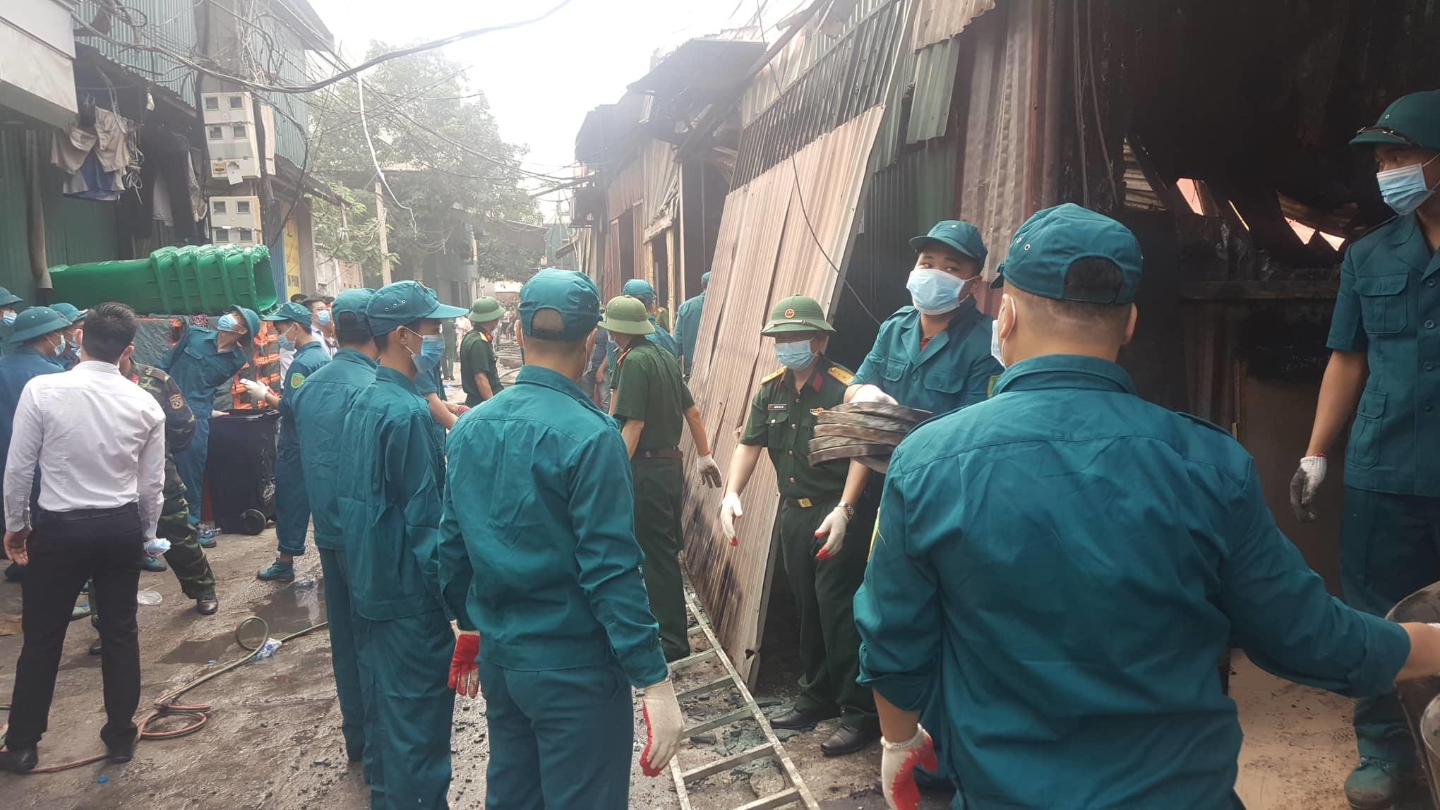 Hà Nội: Cháy lớn ở Trung Văn, 8 người chết