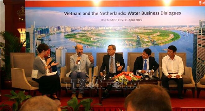 Vietnam, Netherlands cooperate in water management in Mekong Delta