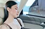 Cuộc sống xa xỉ không thua kém rick kid của hot girl 'ngủ gật'