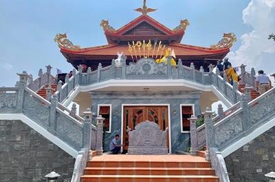 Hé lộ ngôi đền mới trong nhà thờ Tổ 100 tỷ của Hoài Linh