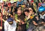 Minh Nhí, Trịnh Kim Chi nức nở, dân vây kín lễ động quan nghệ sĩ Anh Vũ