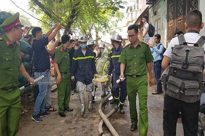 Khởi tố vụ cháy làm 8 người chết ở phường Trung Văn