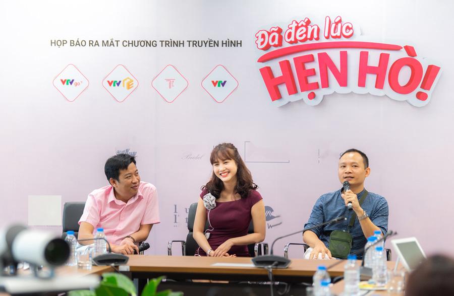 MC Diễm Quỳnh mong con gái 20 tuổi hẹn hò