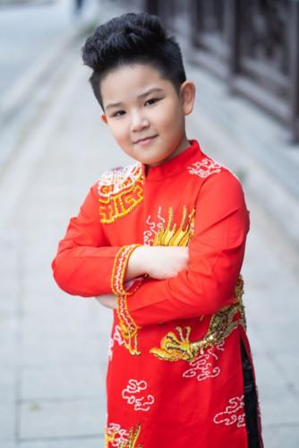 Children Poised To Model Vietnamese Collection At Vie Fashion Week 2019