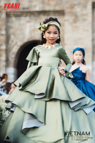 Children poised to model Vietnamese collection at Vie Fashion Week 2019