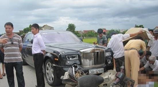 Siêu xe biển 'khủng', tai nạn kinh hoàng