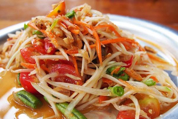 Phát sốt với món nộm đu đủ chua ngọt Thái Lan