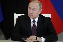 Lý do Tổng thống Putin nghèo đi