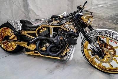 Giống Phúc XO, CLB chơi xe bị tịch thu Roll- Royce, Harley-Davidson mạ vàng