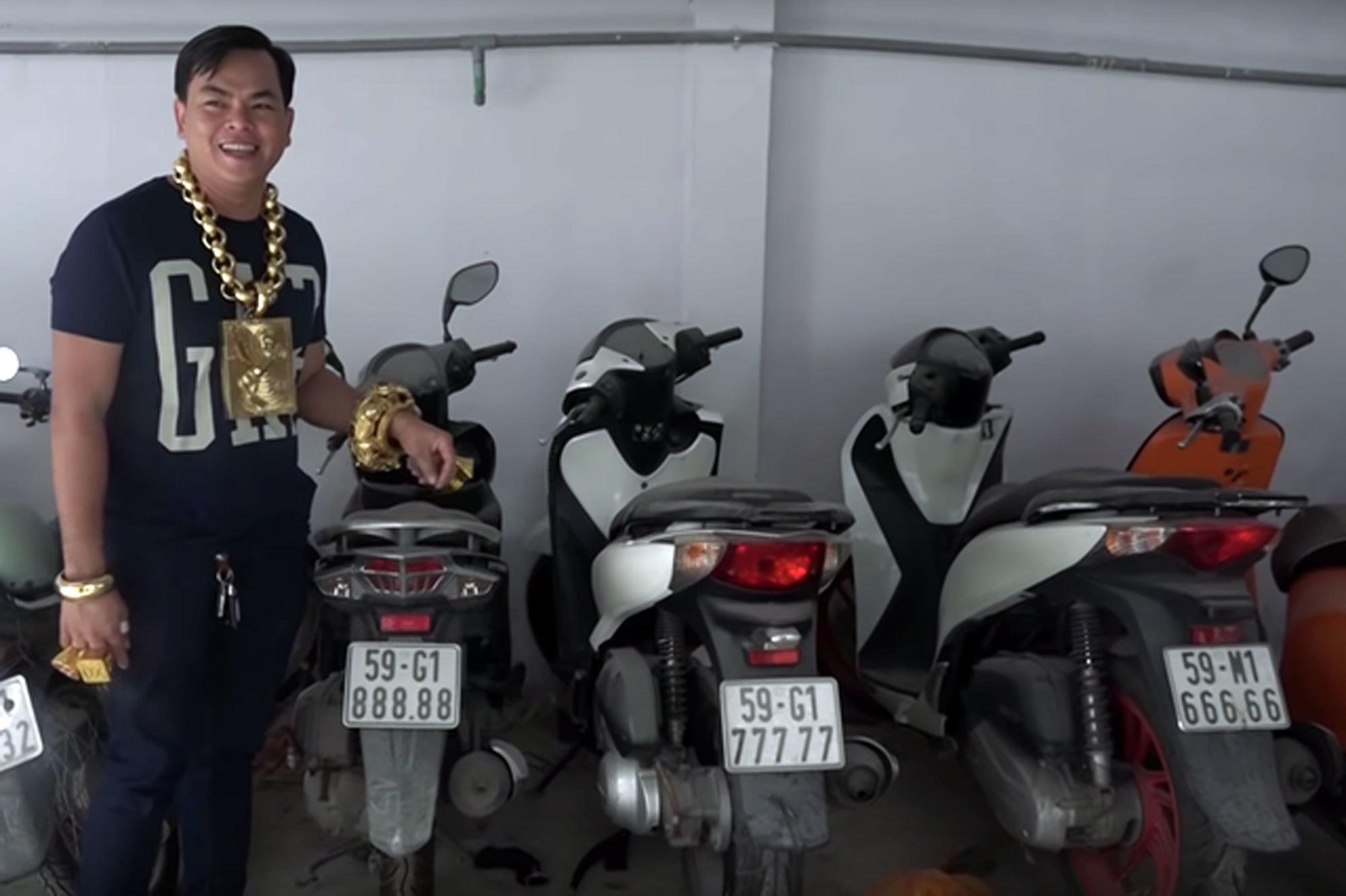 Ảo Phúc XO: Tay phụ xe nghèo nổi phềnh thành 'đại gia vàng'
