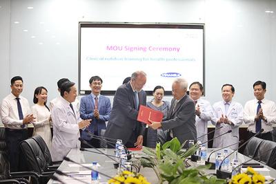 Vinamilk đẩy mạnh hợp tác chiến lược với Bệnh viện Chợ Rẫy