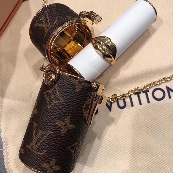 Mai Phương Thúy có 'đối thủ': Vừa đẹp vừa giàu, chi 32 triệu mua hộp đựng son