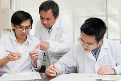 Scitech review: Vietnam to use nuclear technology to trace pollutant sources