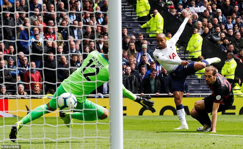 Thắng '4 sao', Tottenham đòi lại vị trí thứ 3 từ tay Chelsea
