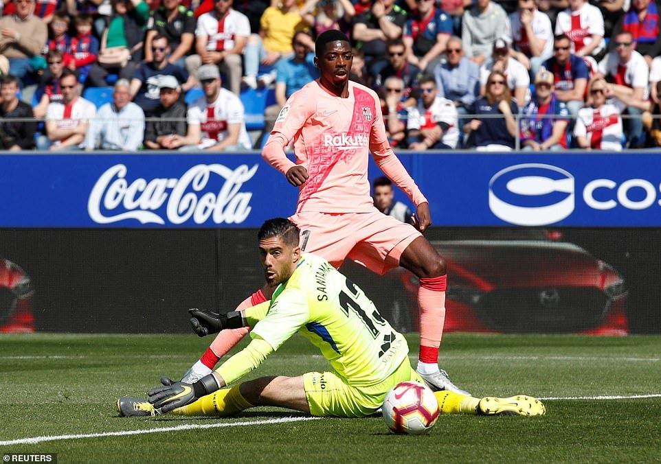 Messi vắng mặt, Barca bị cầm chân trước trận tái đấu MU