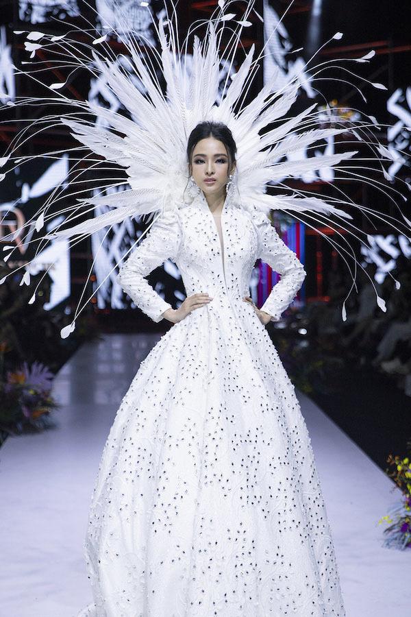 Mai Phương,Trương Hồ Phương Nga