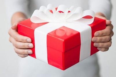 Choáng vì 'món quà' nữ đồng nghiệp đa tình hứa tặng cho chồng