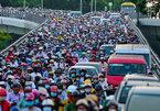 Sài Gòn kẹt xe tứ bề, dân ngao ngán cực đỉnh