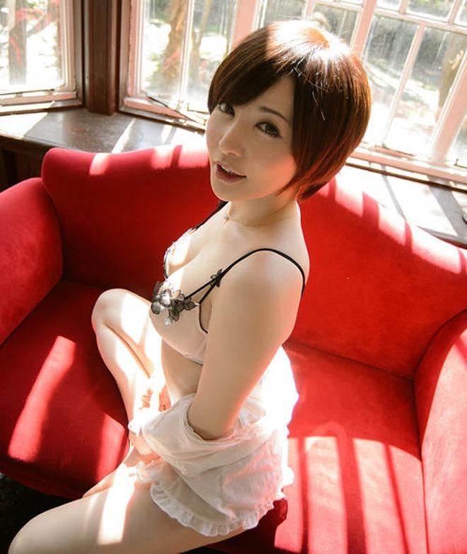 Satomi Yuria,diễn viên 18+,diễn viên Nhật Bản