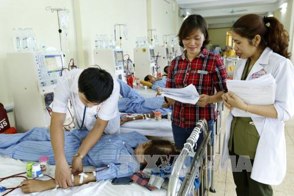 Vietnam told to simplify procedures to spur cash flow to healthcare