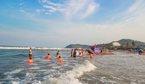 Hai bé trai tắm biển bị sóng cuốn đuối nước ở Thanh Hóa