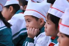 Nghỉ lễ, phụ huynh Hà Nội xôn xao với tiêu chuẩn sơ tuyển lớp 6 toàn điểm 10