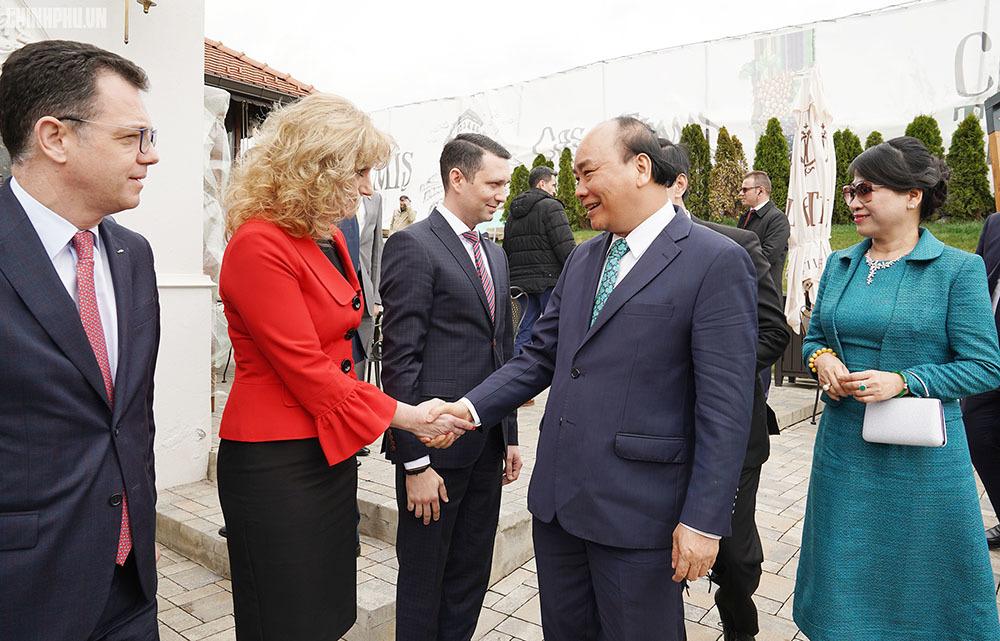 Thủ tướng Nguyễn Xuân Phúc,Nguyễn Xuân Phúc,Romania