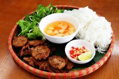 Vietnamese food among world's top 15 favorite cuisines