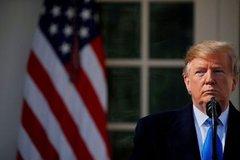 Vừa khởi động tranh cử, tiền ồ ạt rót vào ông Trump