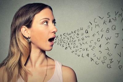 Bí ẩn người phụ nữ nói tiếng nước ngoài trôi chảy sau một giấc ngủ