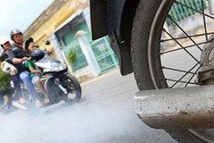 Ống xả xe máy ra khói vào buổi sáng, phải làm gì?