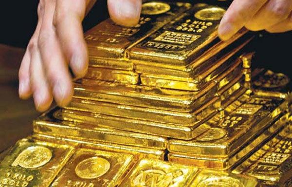 Giá vàng hôm nay 19/4: Áp lực bán tháo, vàng chìm sâu dưới đáy