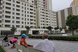 HCM City seeks to sell thousands of resettlement apartments in District 2