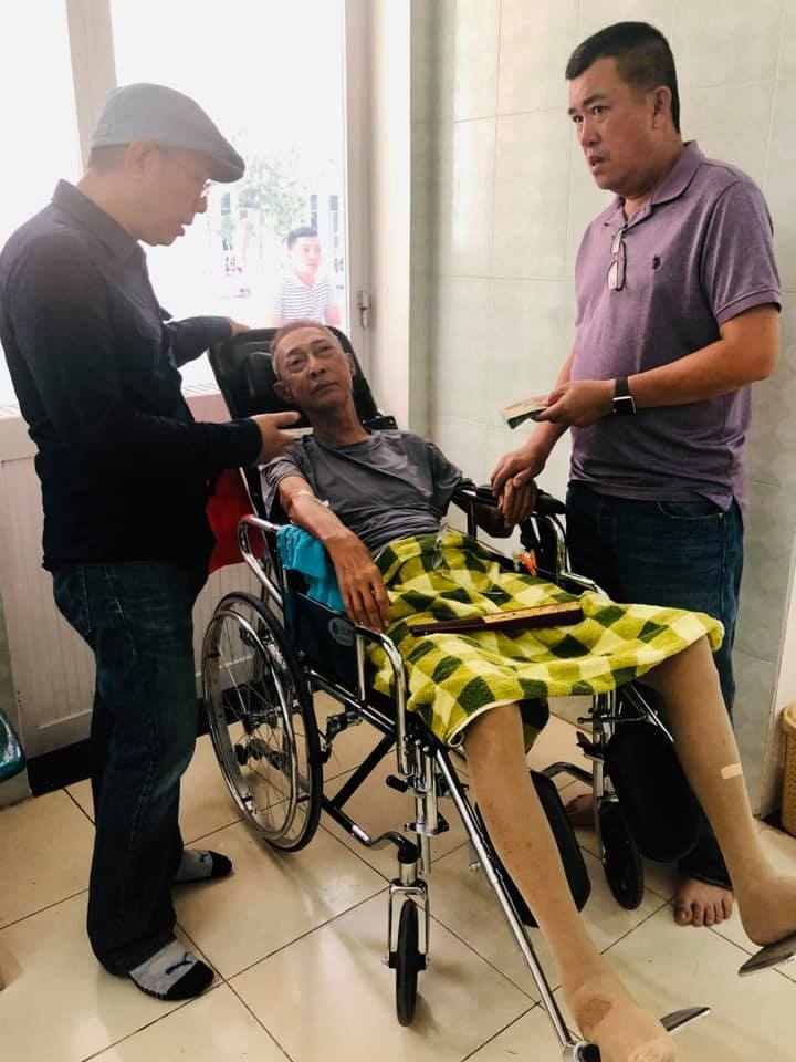 Nghệ sĩ Lê Bình rơi vào tình trạng mê man, sốt cao
