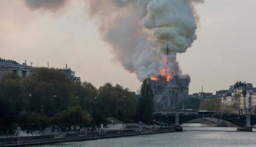 Hỏa hoạn,nhà thờ Đức Bà,Pháp