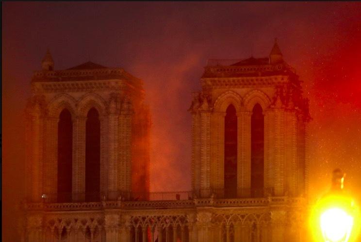 Nguyên nhân gây cháy ở Nhà thờ Đức Bà Paris