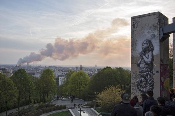 Nhà thờ Đức Bà Paris qua dự báo của nhà tiên tri Nostradamus