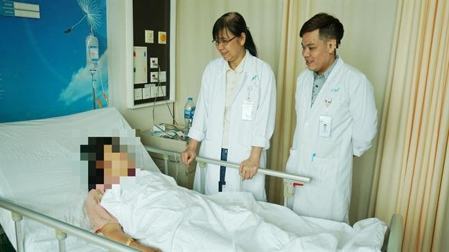 Rong kinh kéo dài, người phụ nữ phải cắt bỏ hoàn toàn tử cung
