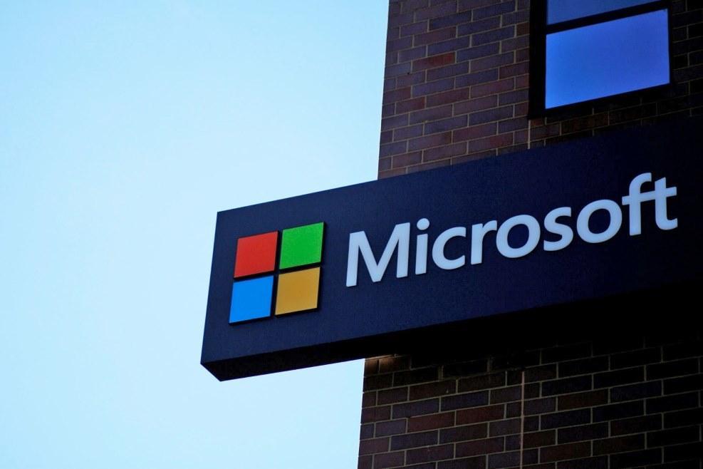 Hacker tấn công Microsoft, đánh cắp nhiều thông tin
