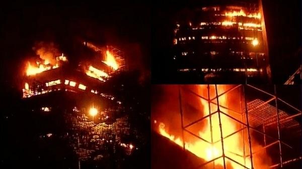 nhà thờ Đức Bà,cháy nhà thờ Đức Bà,hỏa hoạn