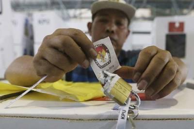 Indonesia bước vào cuộc bầu cử siêu phức tạp