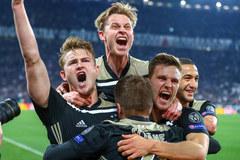 Ajax vào bán kết: Những đứa trẻ đại náo châu Âu