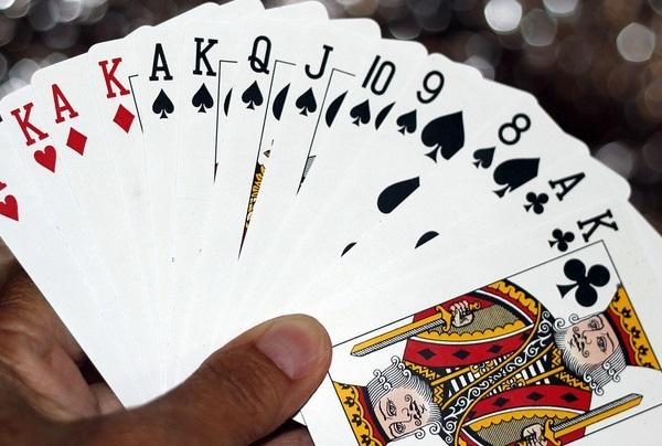 cờ bạc,đánh bạc,tội phạm,pháp luật