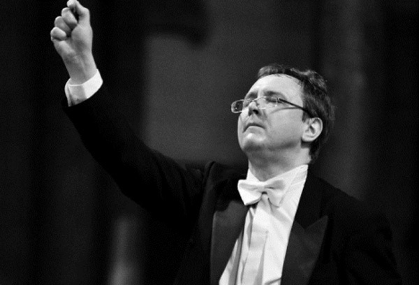 Polish conductor leads talented int'l musicians