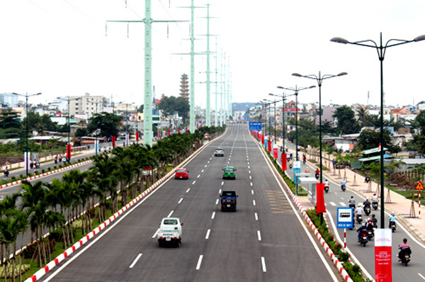 Đại lộ Phạm Văn Đồng- 'cung đường vàng' quy tụ BĐS cao cấp
