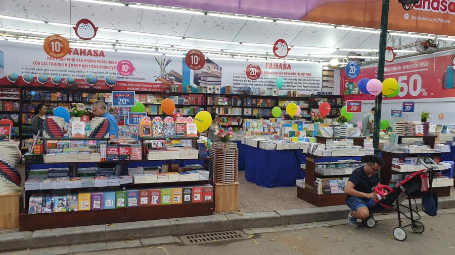 Gần 100 gian hàng đã sẵn sàng cho Ngày Sách Việt Nam lần thứ 6
